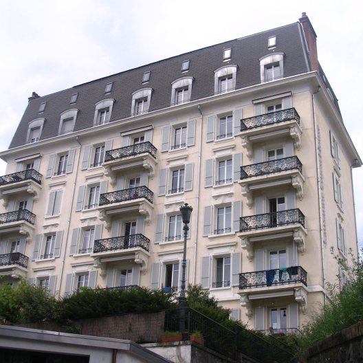 Lausanne Guesthouse